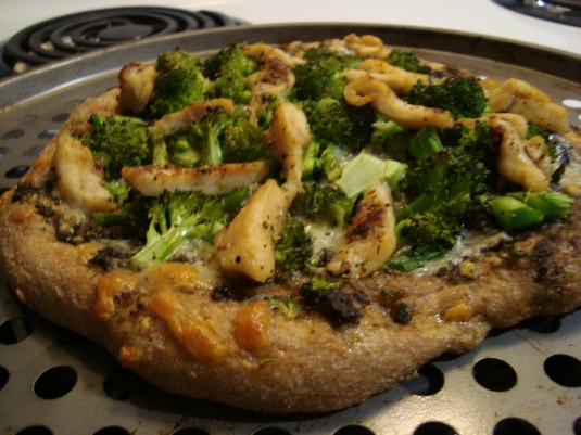 Pesto, Asiago, Chicken PIZZA [a mini]